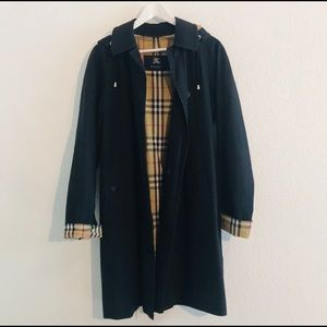 Burberry Black trench coat with hood
